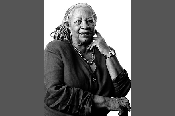 toni morrison beloved analysis essay This paper reviews and analyzes toni morrison's novel beloved while focusing on the author's depiction of african culture through ancient folklore and superstition.
