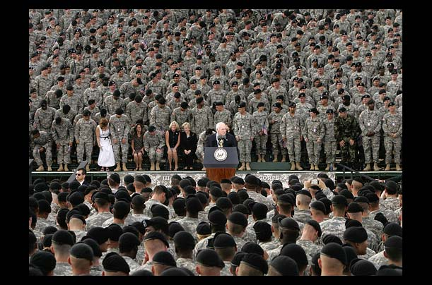 Vice President Dick Cheney speaks to US troops at Fort Hood, Texas