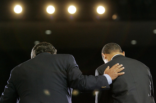 New Mexico Governor Bill Richardson endorses Barack Obama's bid for the Democratic nomination for president.