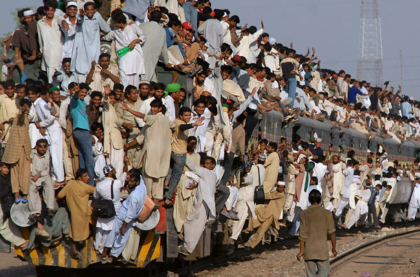 Sunni Muslims ride the train home after attending annual religious ceremonies in Multan, Pakistan.